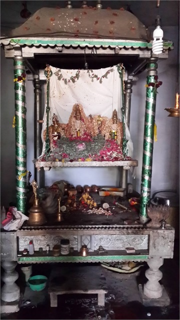 Shrine+in+Swarna+Kaadu.jpg